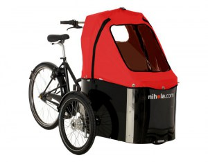 nihola_Family_red_hood_bakfietscentrale